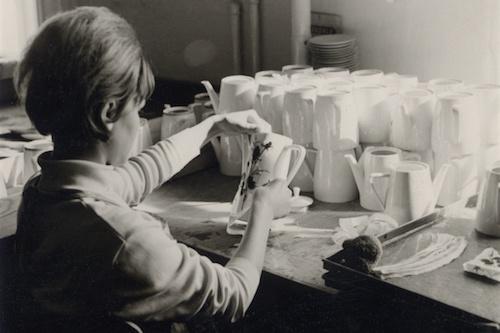 Porzellan bemalen im Jahr 1965